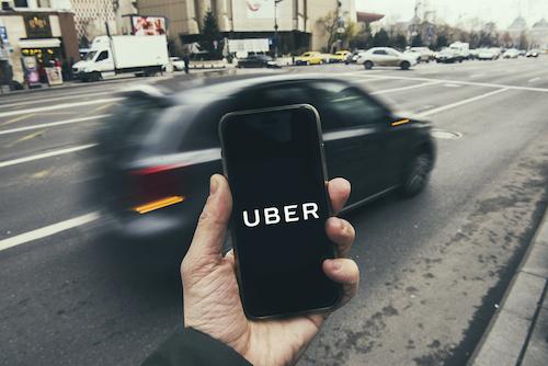 Uber als Alternative für teure Taxifahrten
